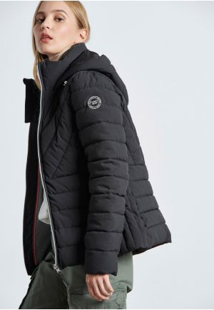 Hooded Padded Jacket With Side Pockets