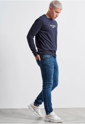 Loose Tapered Washed Jeans