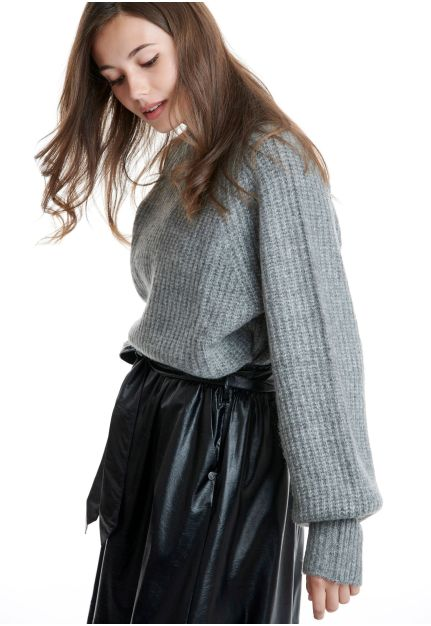 Mock neck Sweater with puffer sleeves